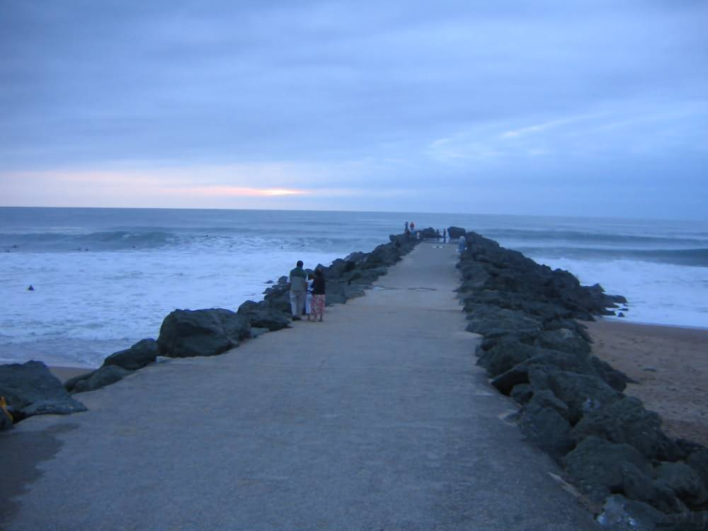 walk into the ocean anglet