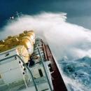 boats-waves11.jpg