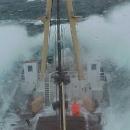 boats-waves14.jpg