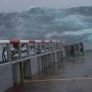 boats-waves24.jpg