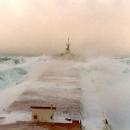 boats-waves32.jpg
