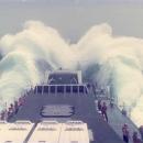 boats-waves37.jpg