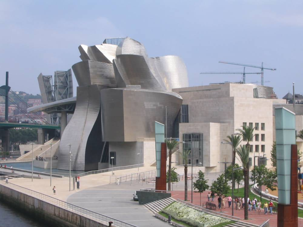 GUGGENHEIM MUSEUM BILBAO : PHOTO & VIDEO - XarJ Blog and Podcast