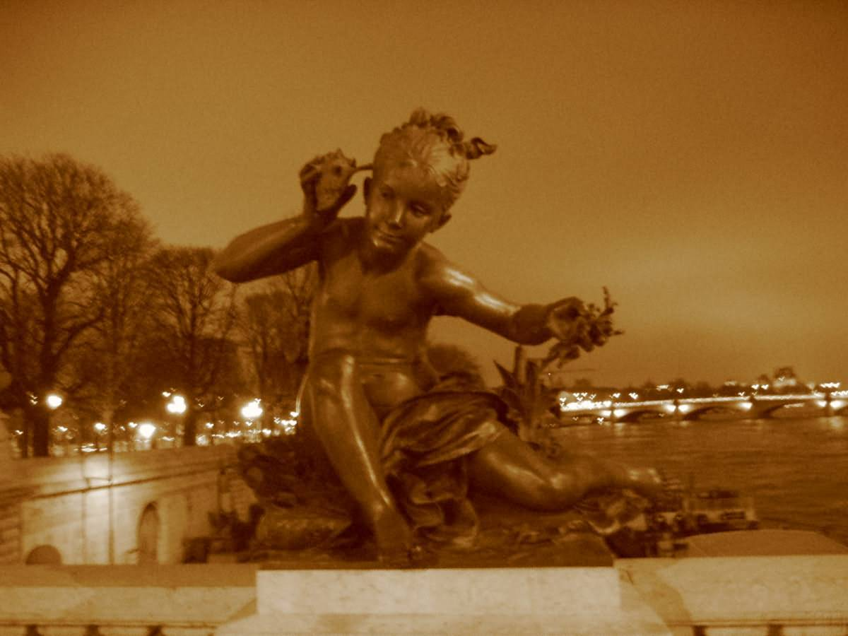 Statue Bridge Paris