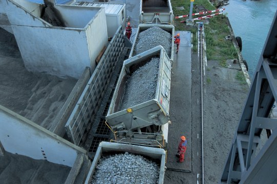 st-gothard-tunnel06.jpg