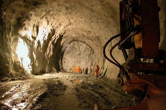 st-gothard-tunnel14.jpg