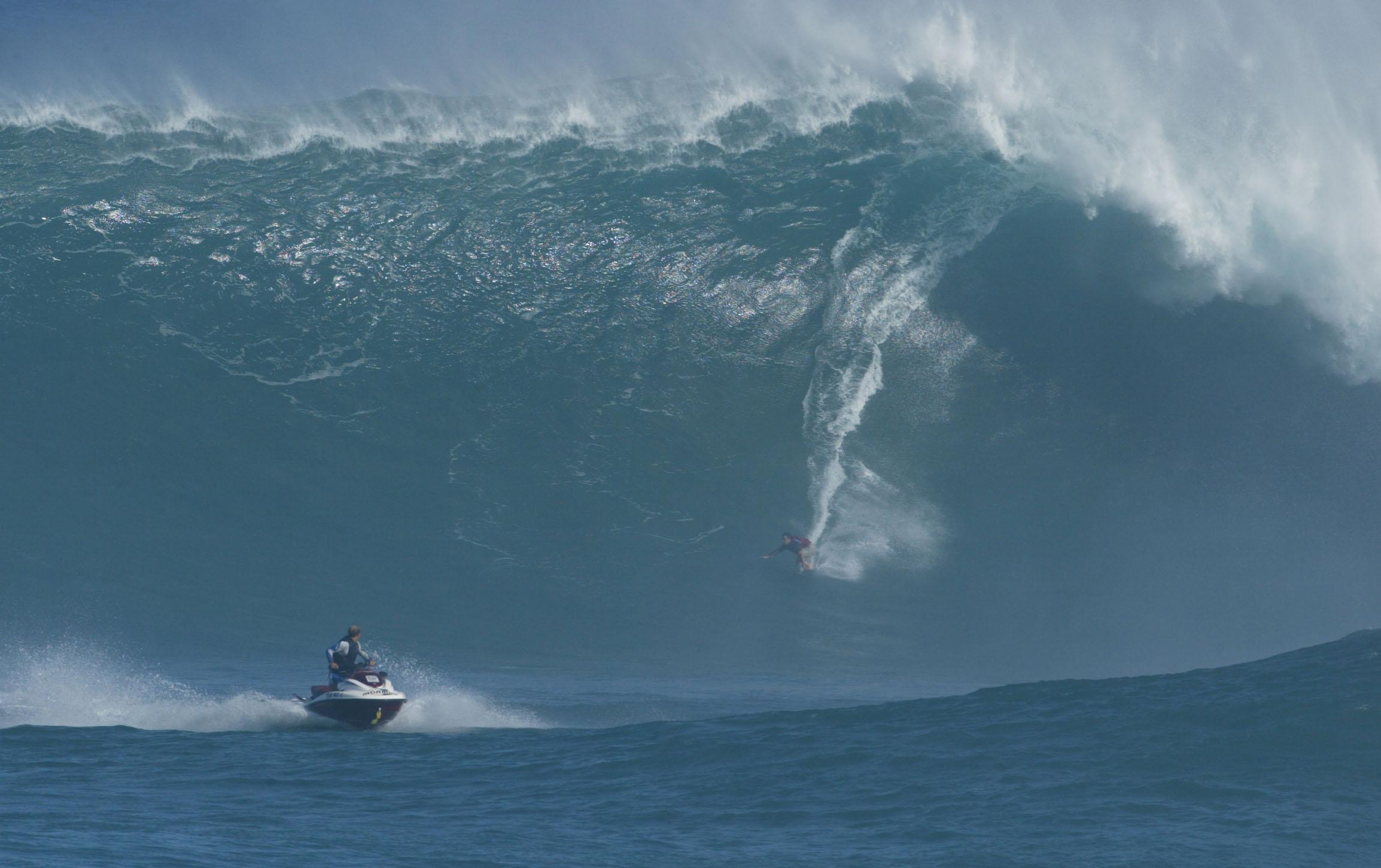 Las olas más peligrosas del mundo (Imagenes - Videos)