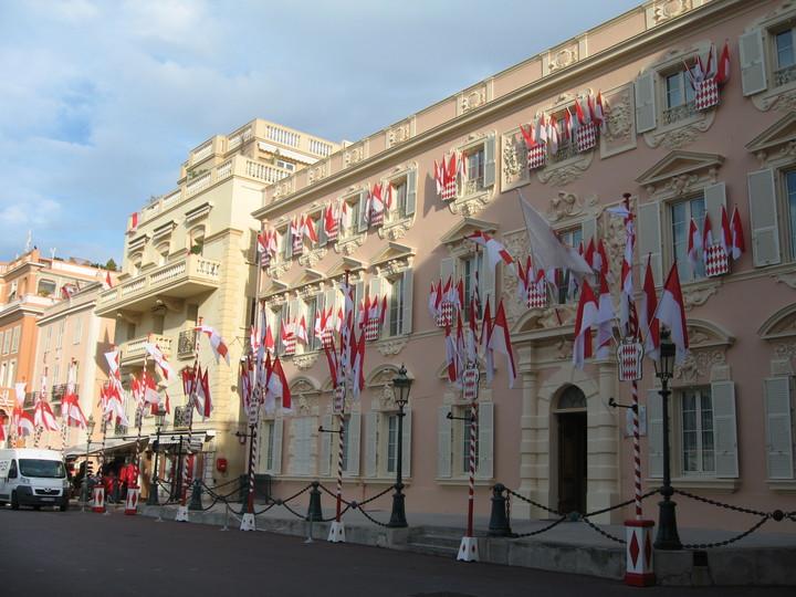 Flags in Monaco