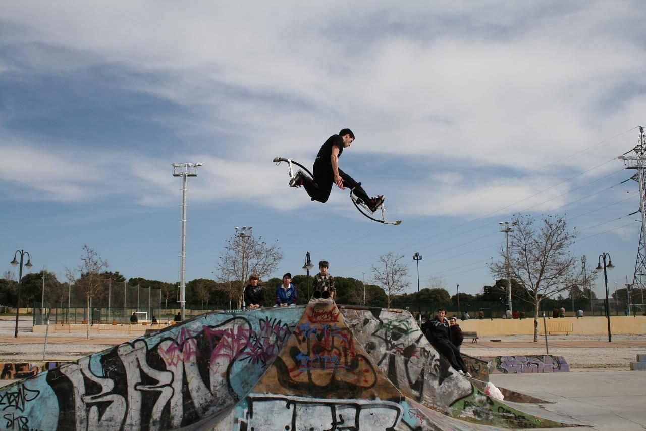 Roller skate xtreme - Stilts Extreme Jump