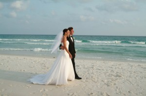things-to-think-about-when-planning-a-destination-wedding1
